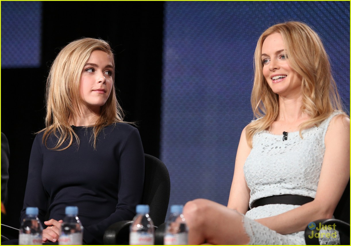 kiernan shipka mason dye flowers in the attic tca 20