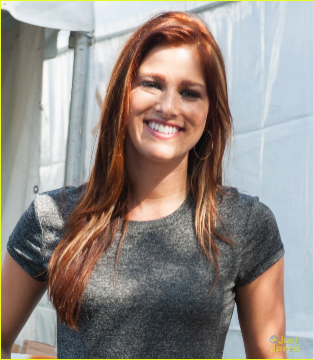 Cassadee Pope 99 9 Country Chili Cook Off 03