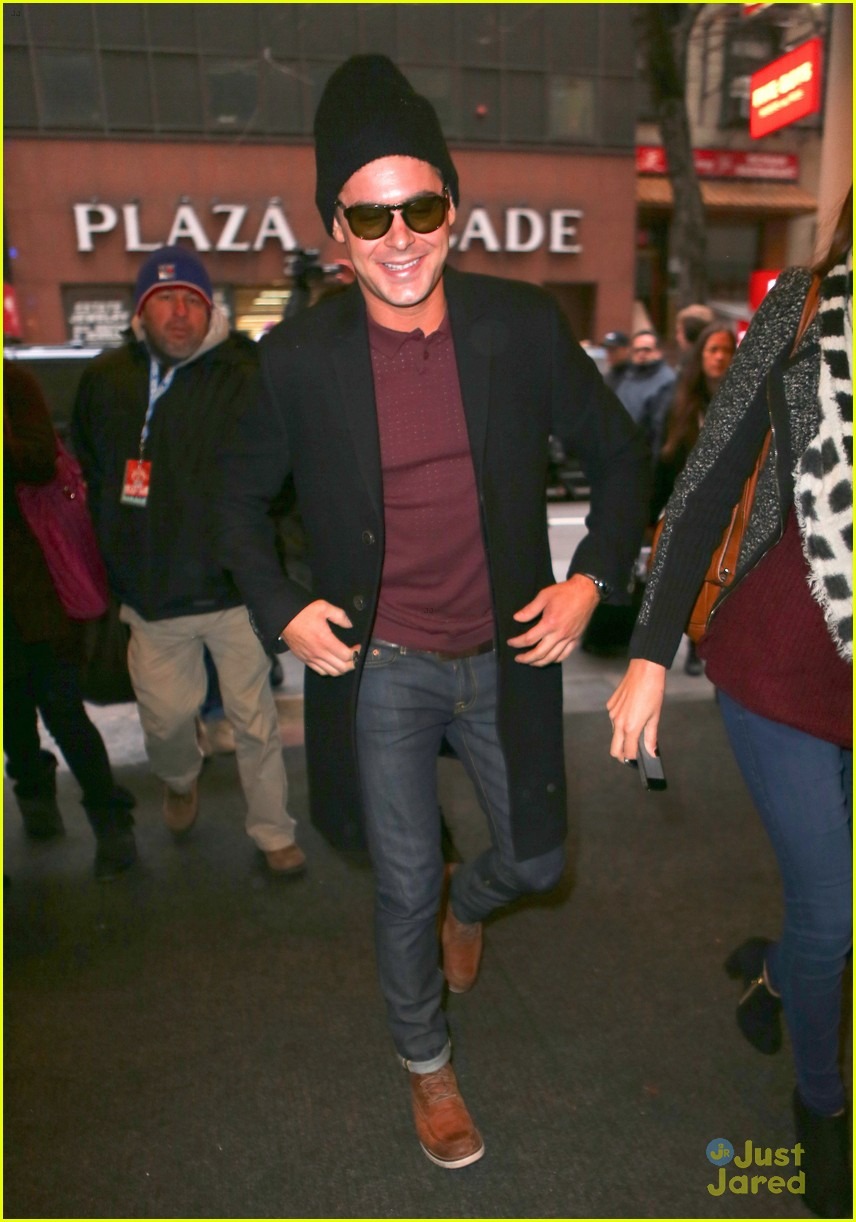 zac efron snowy today show stop 05