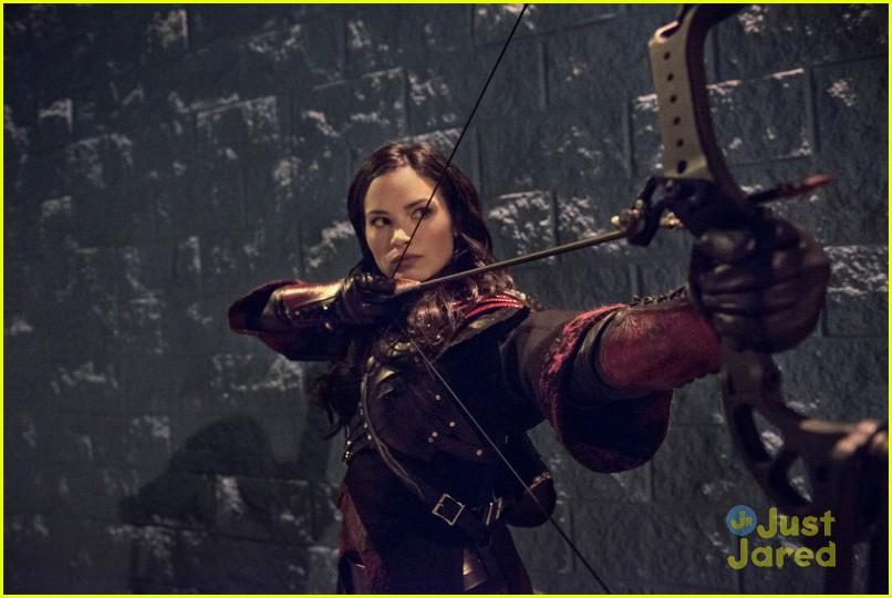 arrow heir to demon stills 03
