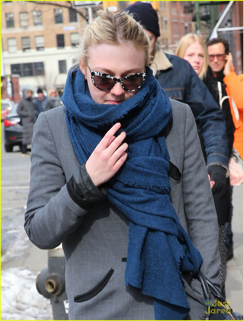 dakota fanning roadie film starts shooting in march 05