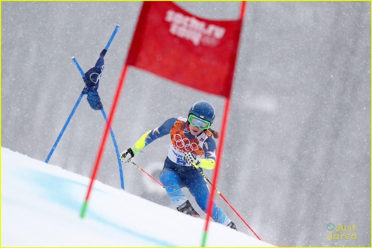 mikaela shiffrin gold slalom sochi 06