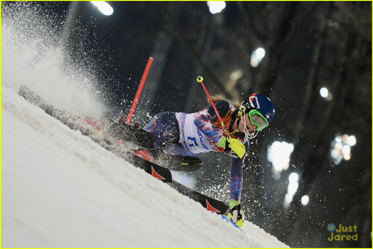 mikaela shiffrin gold slalom sochi 09