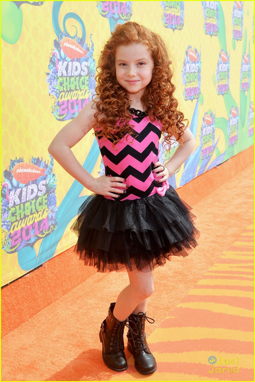 francesca capaldi and brec bassinger fun prints kids choice 201405