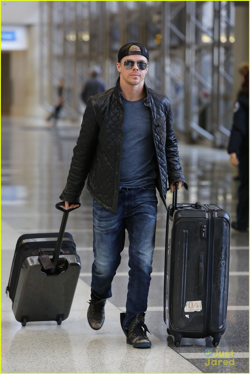 derek hough off to sochi with dwts partner amy purdy 11