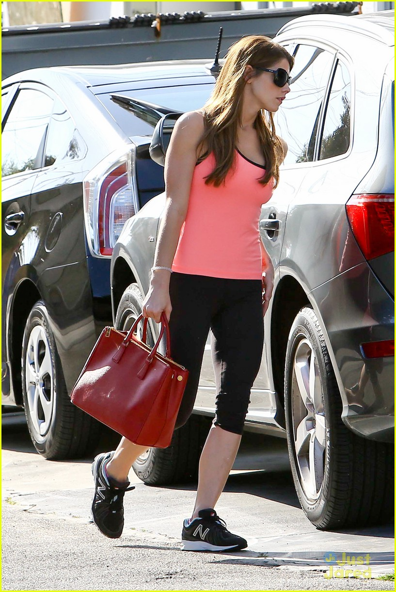 ashley greene nature is better with loved ones01