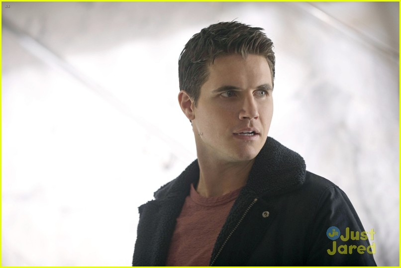 Robbie Amell debuts in The Tomorrow People | Toronto Star