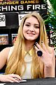 willow shields extra dvd signing 02
