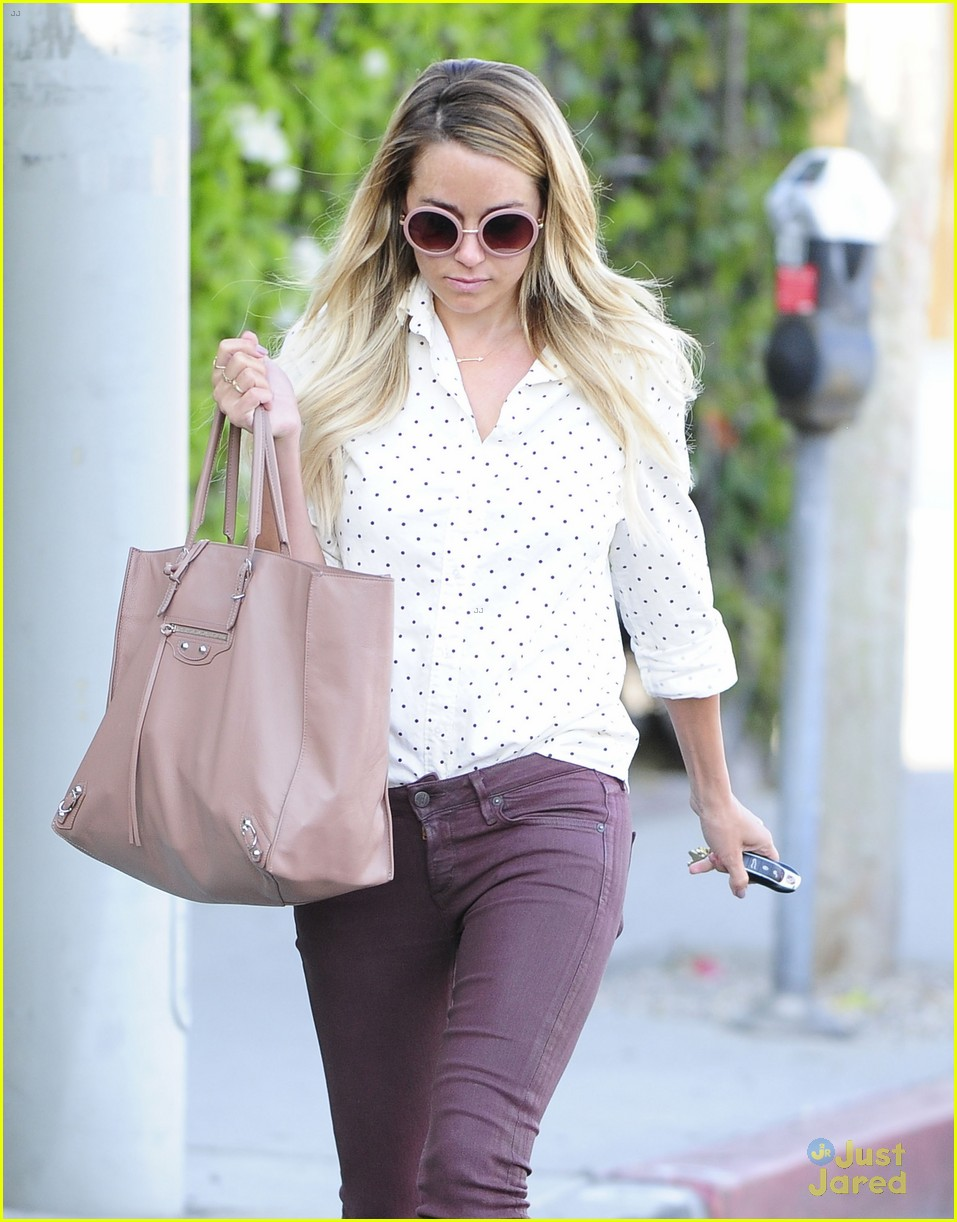 1ede151f2f Lauren Conrad Dishes Out Cooking Tips! | Photo 664132 - Photo ...