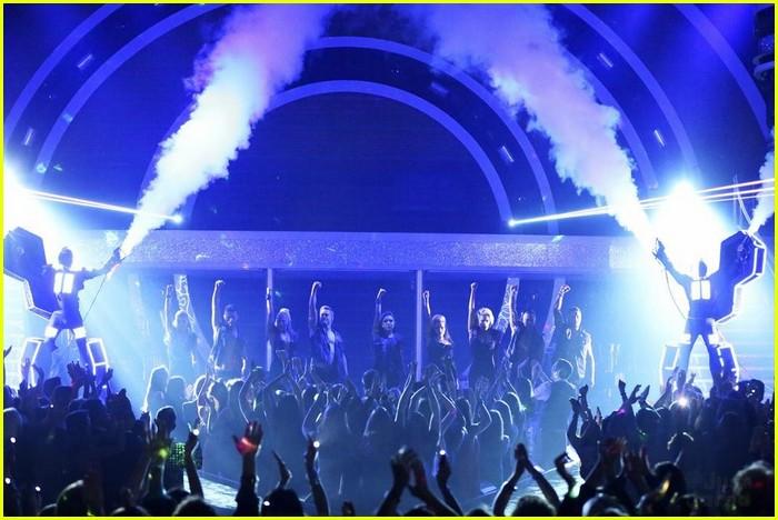 Watch 'DWTS' Macy's Stars of Dance Electric Light Show