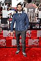 holland roden tyler hoechlin arden cho mtv movie awards 01