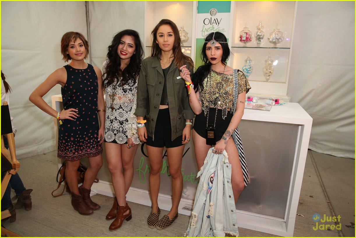 claire holt and nicole anderson show off a little leg at coachella 201409