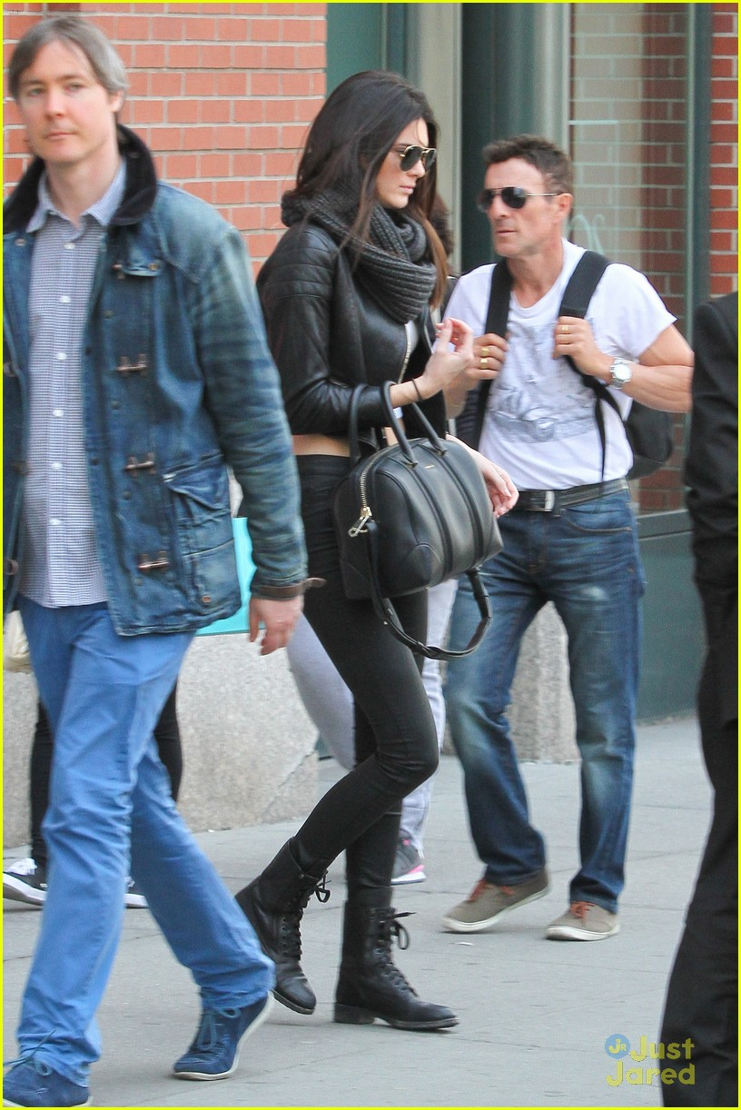 kendall jenner leaves nyc kylie jenner gas lunch 02