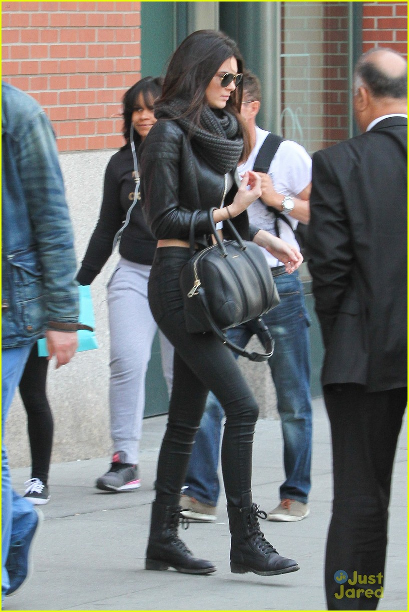 kendall jenner leaves nyc kylie jenner gas lunch 18