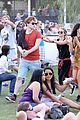 emma roberts and evan peters hold hands at coachella 201414