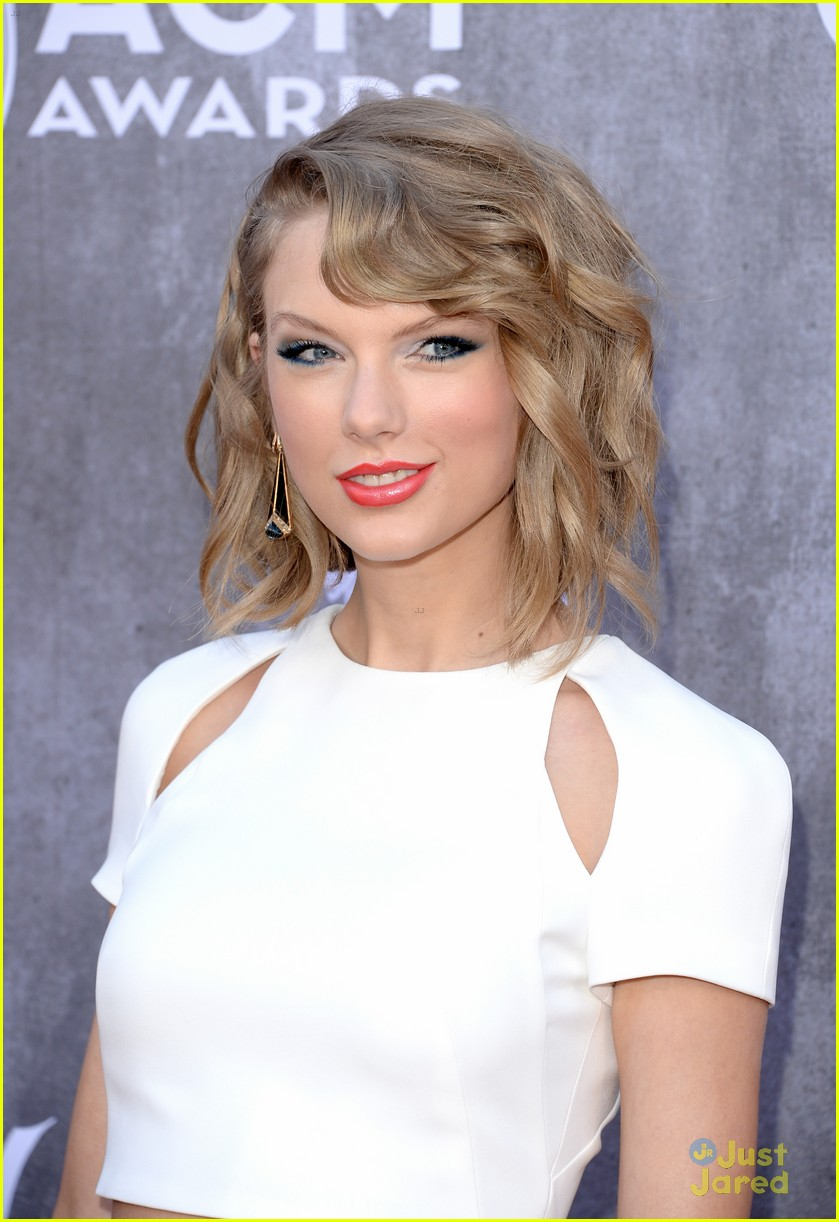 Taylor Swift Black White Wow At Acm Awards 2014 Photo 660540 2014 Acm Awards Taylor Swift Pictures Just Jared Jr