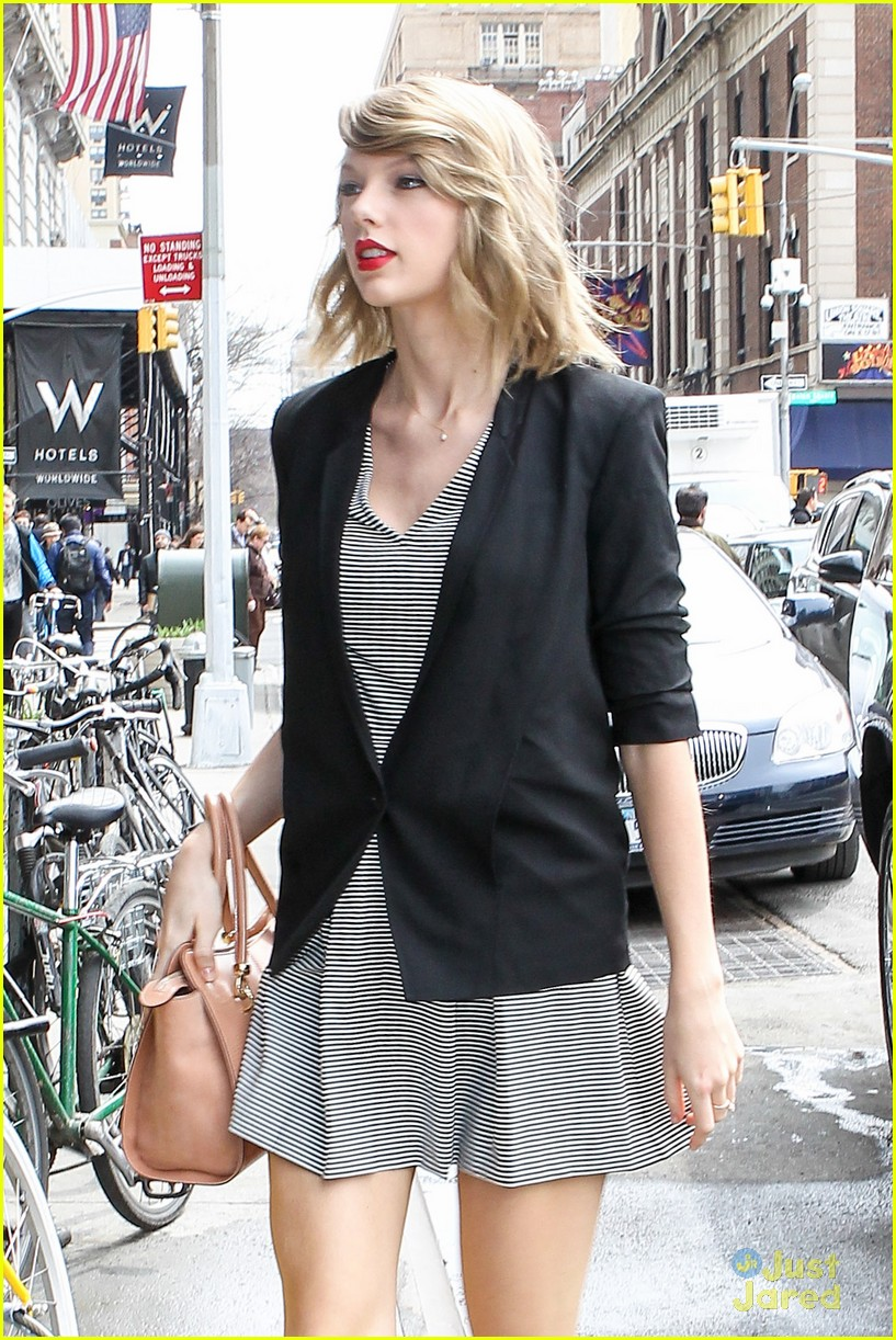 ae1b468a0803e Are Taylor Swift's Parents Becoming 'Difficult'? | Photo 662200 ...