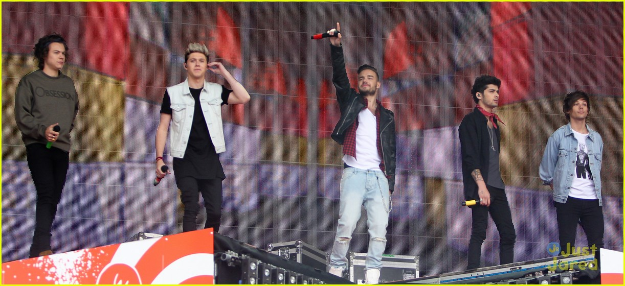 One Direction Turn Up BBC Radio 1's Big Weekend - See All