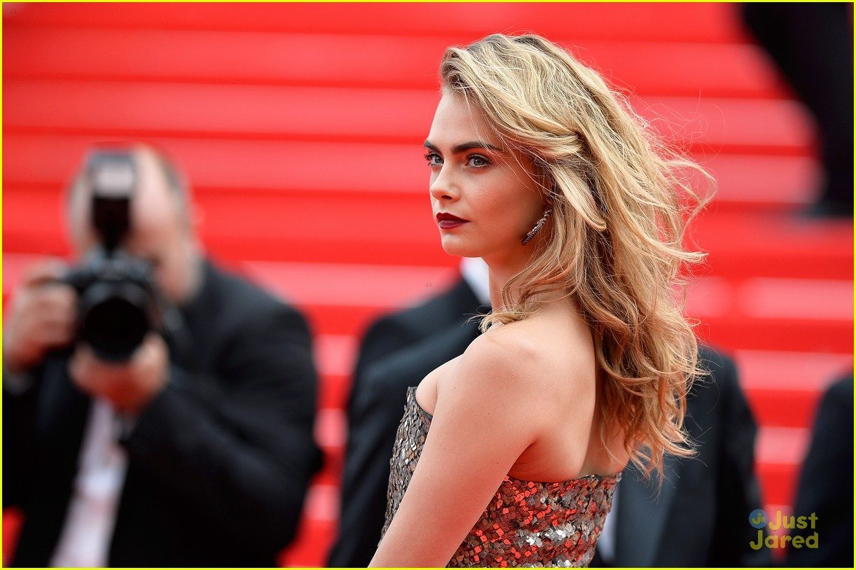 cara delevingne search premiere cannes 09