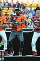 jason derulo jumps around at the australian football a league grand final02