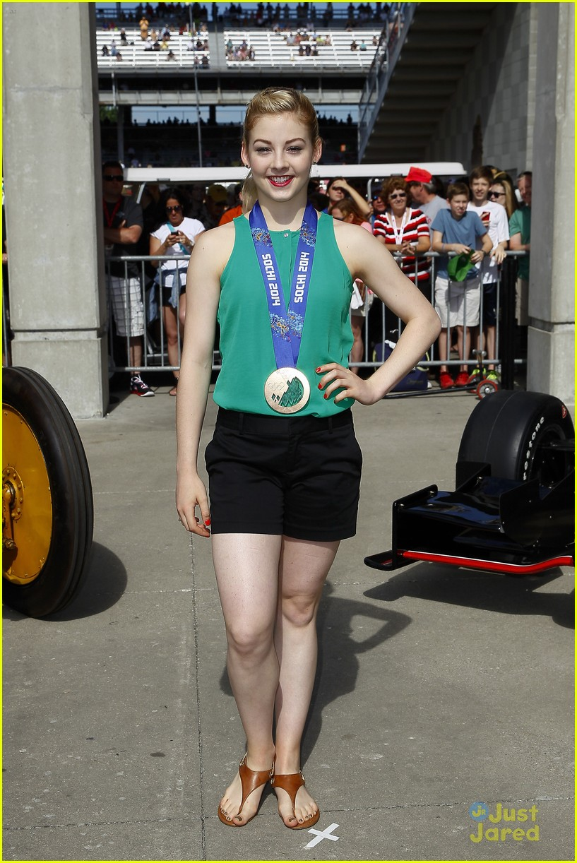 gracie gold nick goepper indy 500 ball race 06