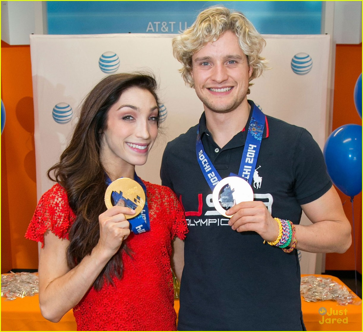 See Olympic ice dancers Meryl Davis and Charlie White perform live on TODAY