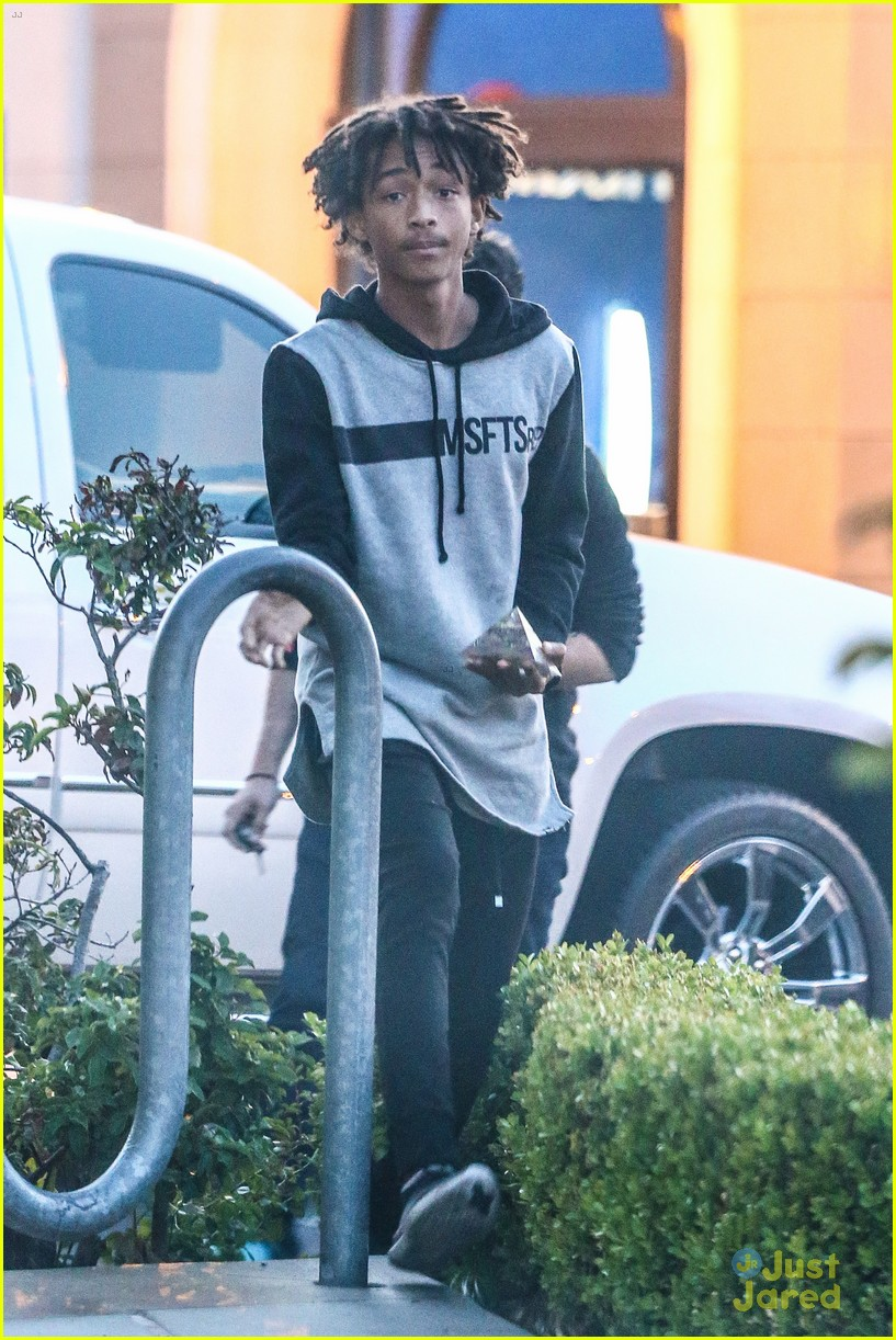 moises arias ripped jeans weho 05
