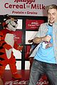 derek hough dances kelloggs recharge bar 21