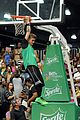 justin bieber chris brown bet celeb basketball game 15
