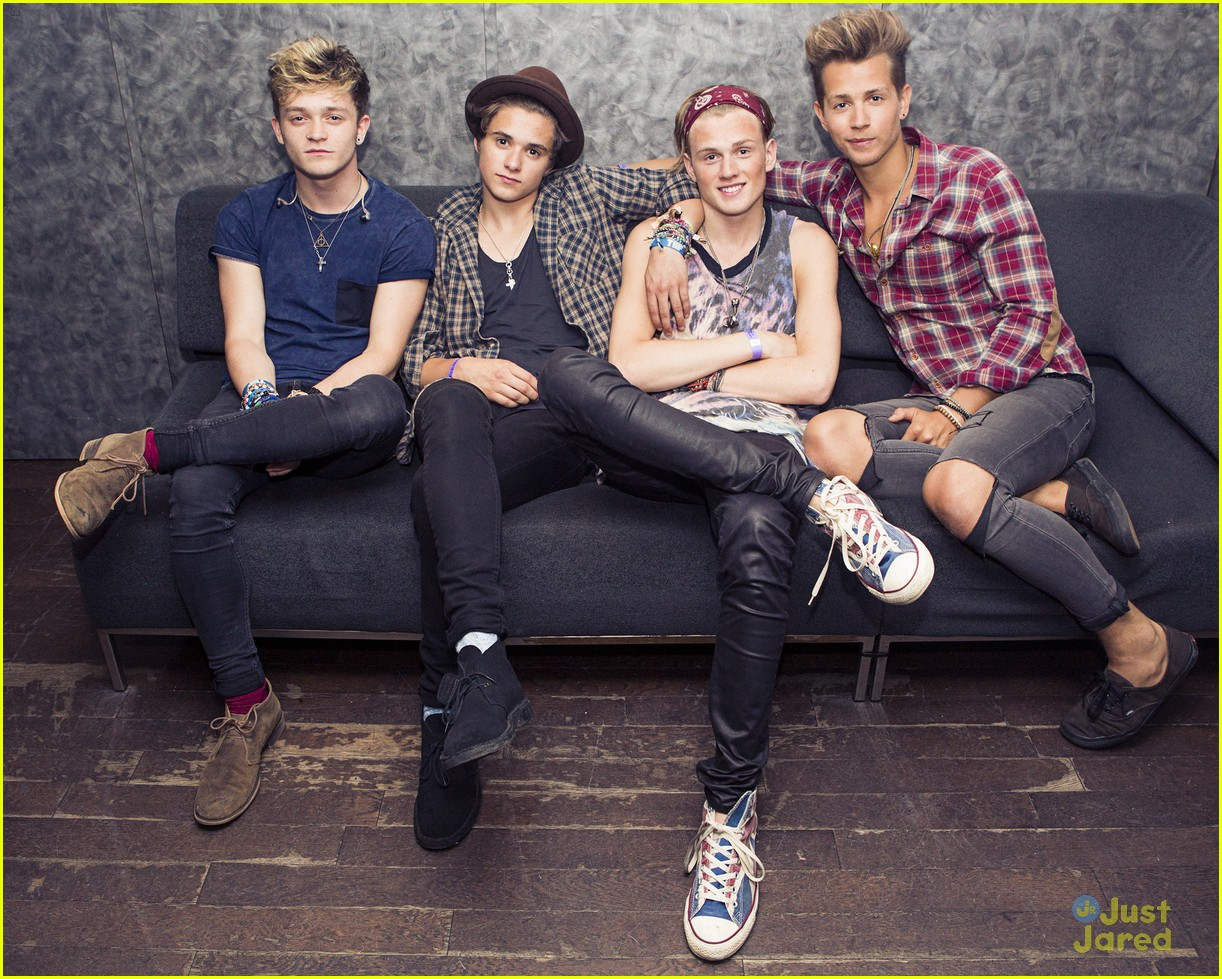 The Vamps Feel on Top of the World at Empire State Building