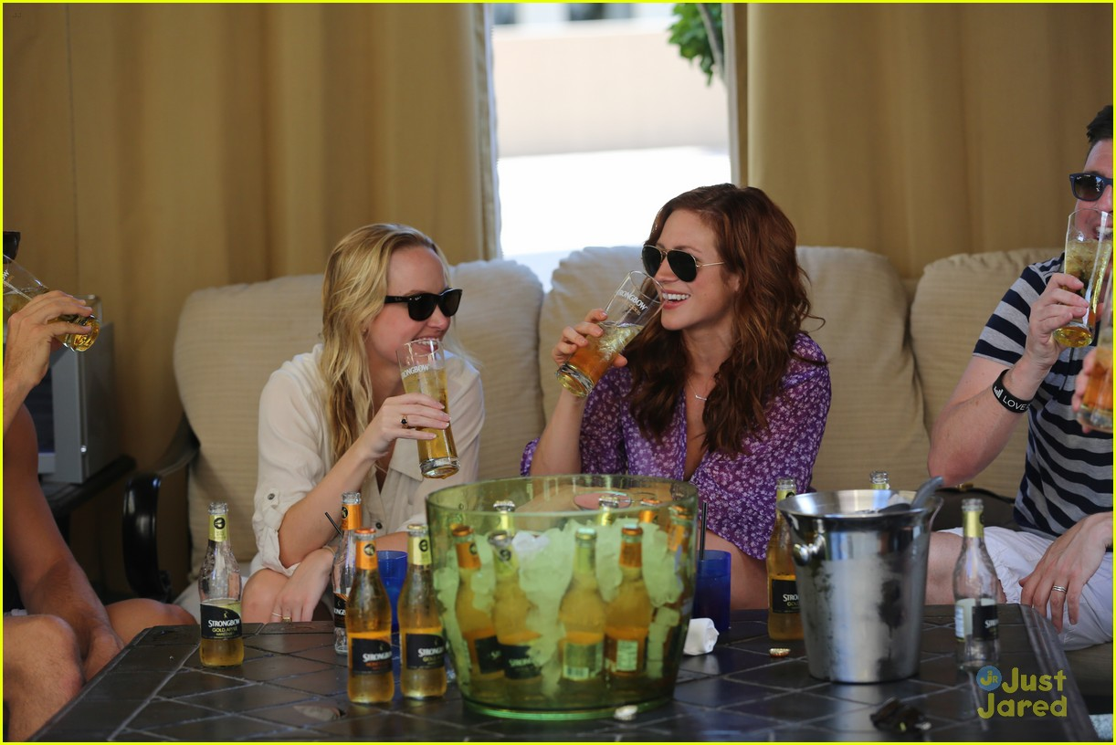 anna camp glamping brittany snow vegas 05