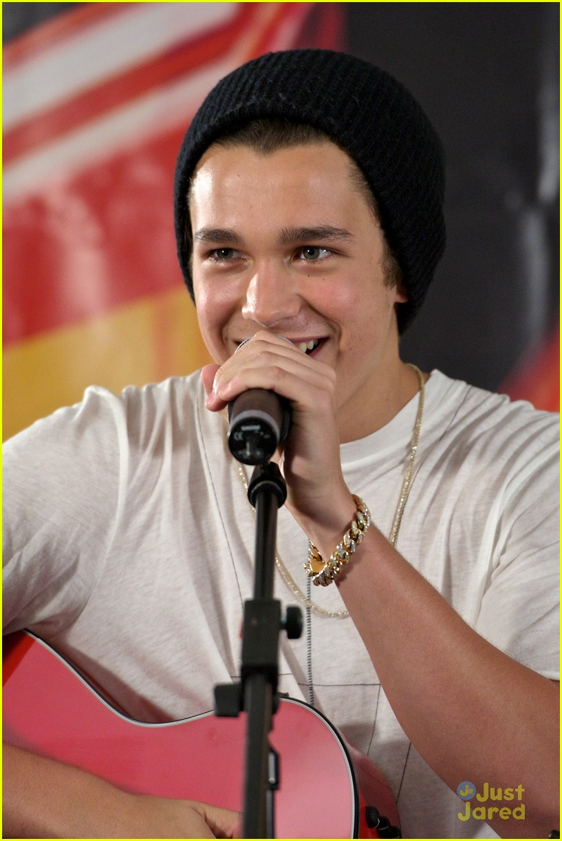 austin mahone grammys madrid spain 11
