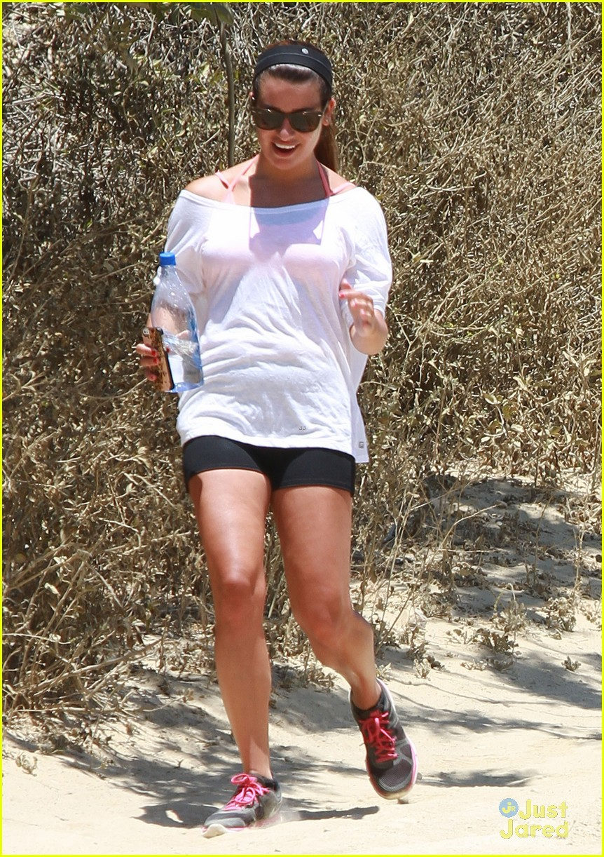 lea michele hiking boyfriend matthew paetz uses her car 05