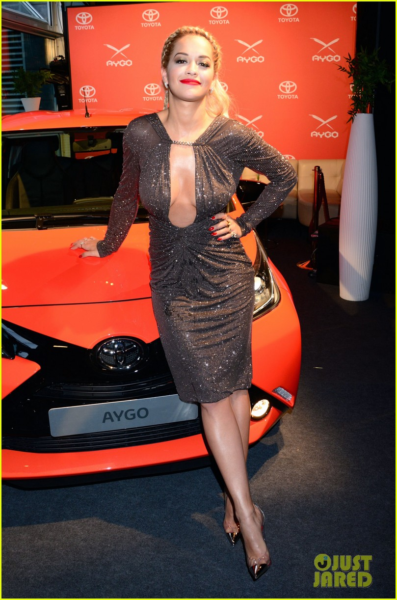rita ora premieres the new toyota aygo in berlin 14
