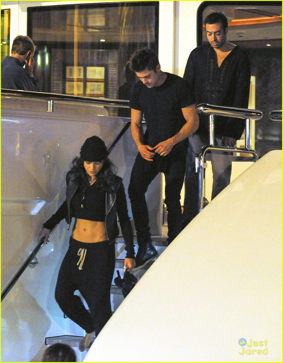 zac efron joins michelle rodriguez on the yacht in ibiza 03