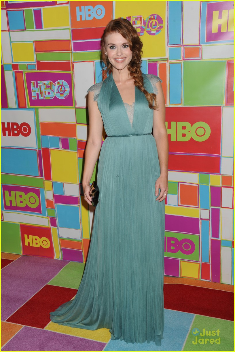 anna camp skylar astin hbo emmys after party 2014 01