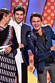 ansel elgort nat wolff teen choice awards 2014 09