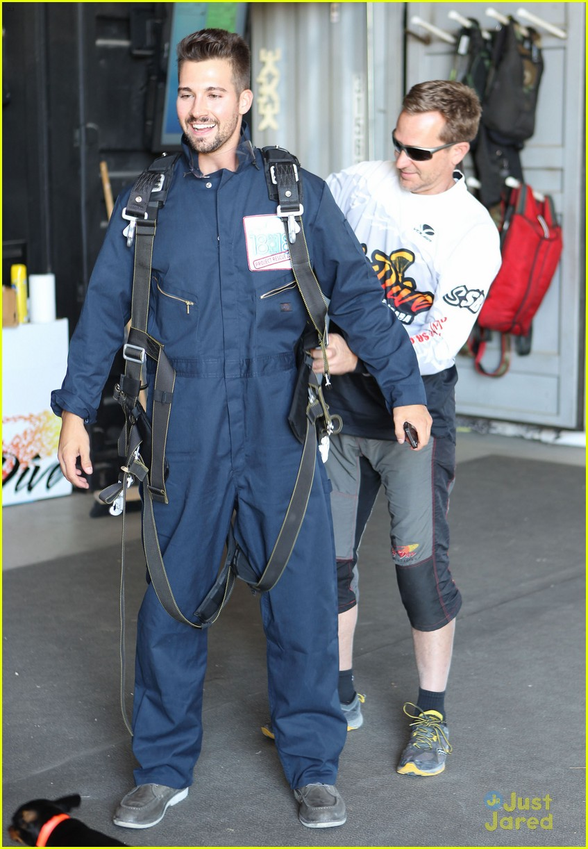 james maslow skydives carlos alexa penavega 14