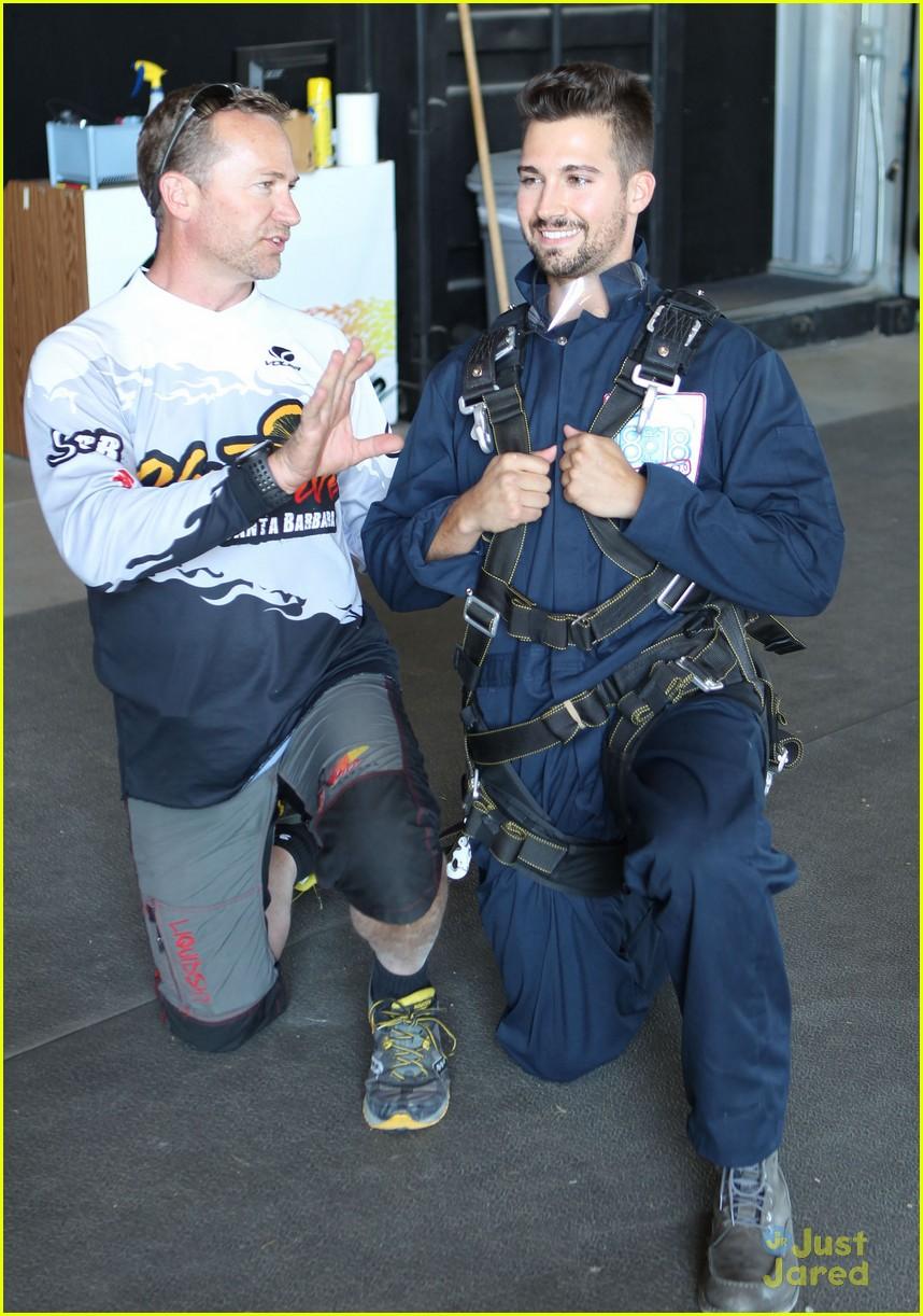 james maslow skydives carlos alexa penavega 15