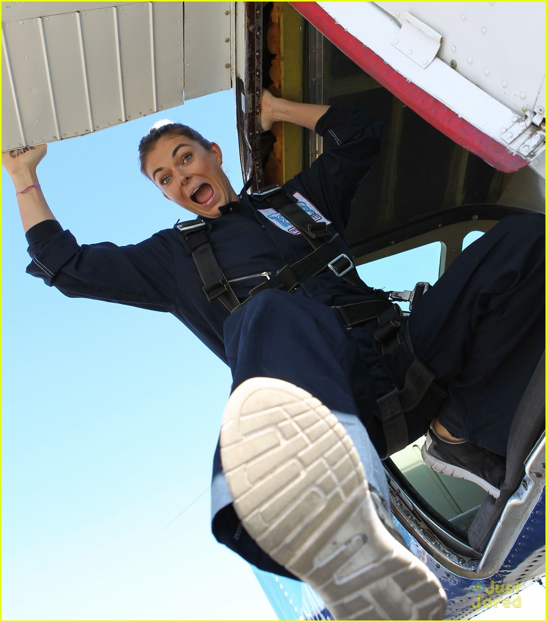 james maslow skydives carlos alexa penavega 24