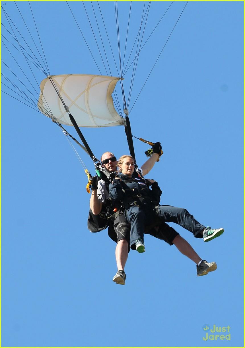 james maslow skydives carlos alexa penavega 29