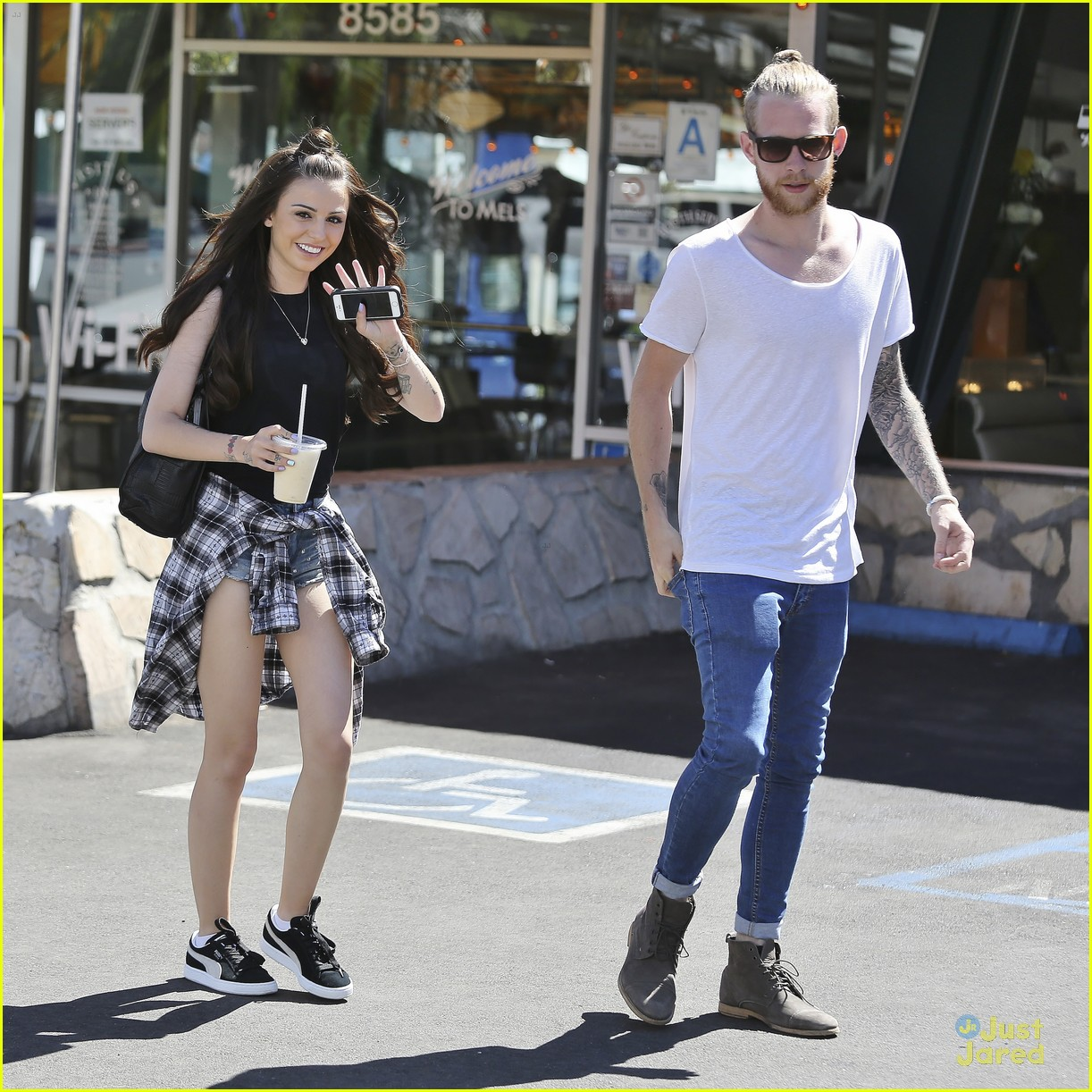 Cher Lloyd Lunches In Los Angeles With Husband Craig Photo 703789