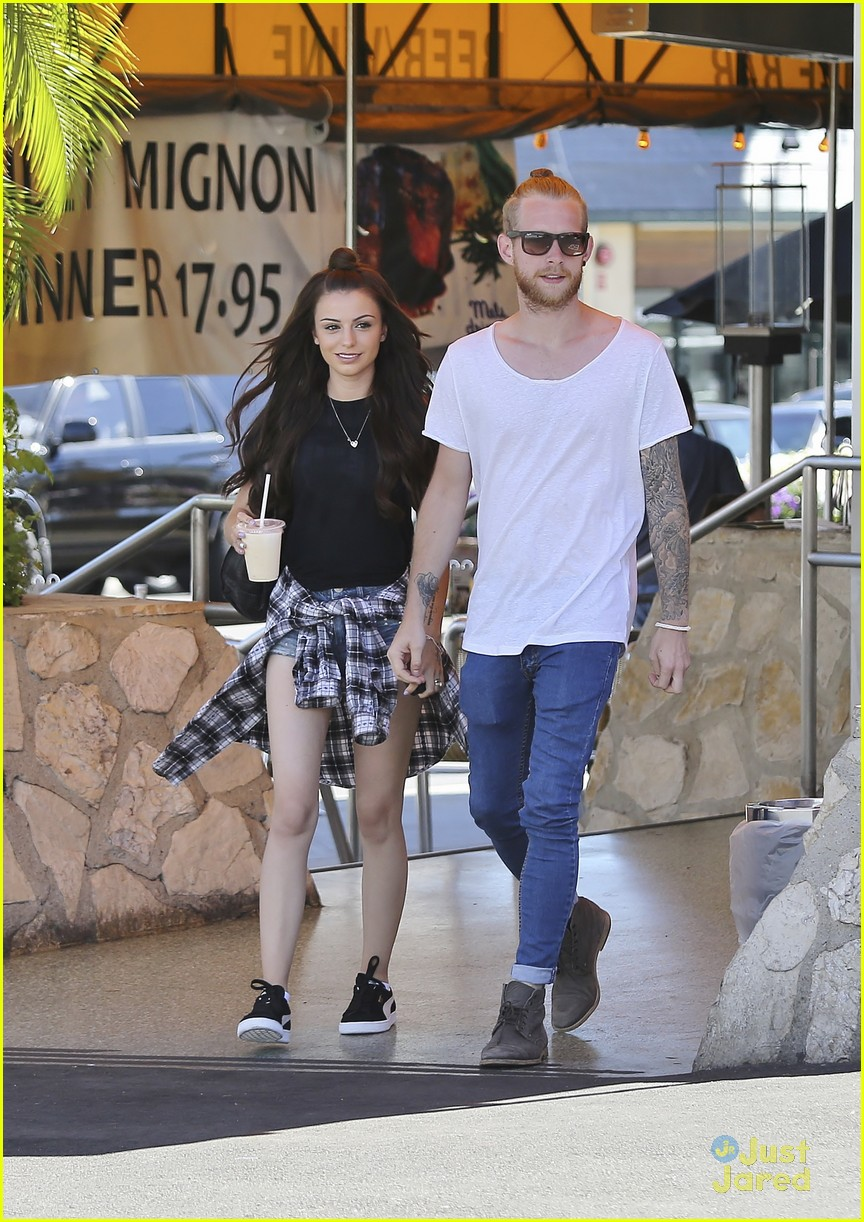 Cher Lloyd Lunches In Los Angeles With Husband Craig Photo 703790