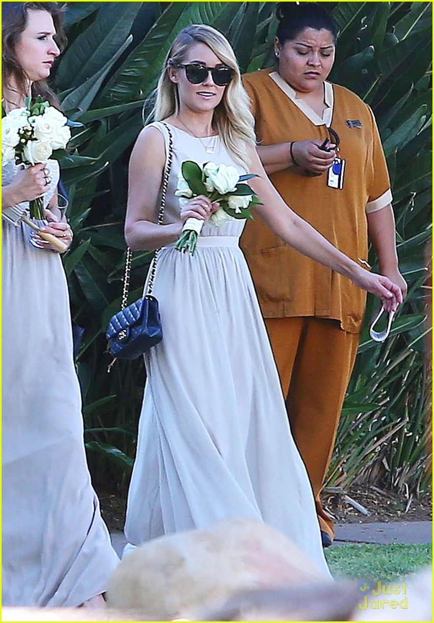 Lauren Conrad Gets Some Wedding Practice As A Bridesmaid At A Friend S Wedding Photo 707776 Lauren Conrad Lo Bosworth Pictures Just Jared Jr