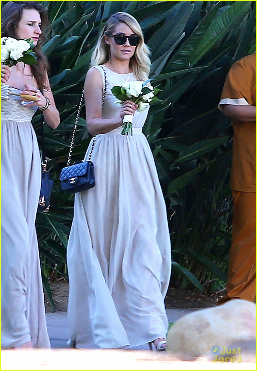 Lauren Conrad Gets Some Wedding Practice As A Bridesmaid At A Friend S Wedding Photo 707778 Lauren Conrad Lo Bosworth Pictures Just Jared Jr