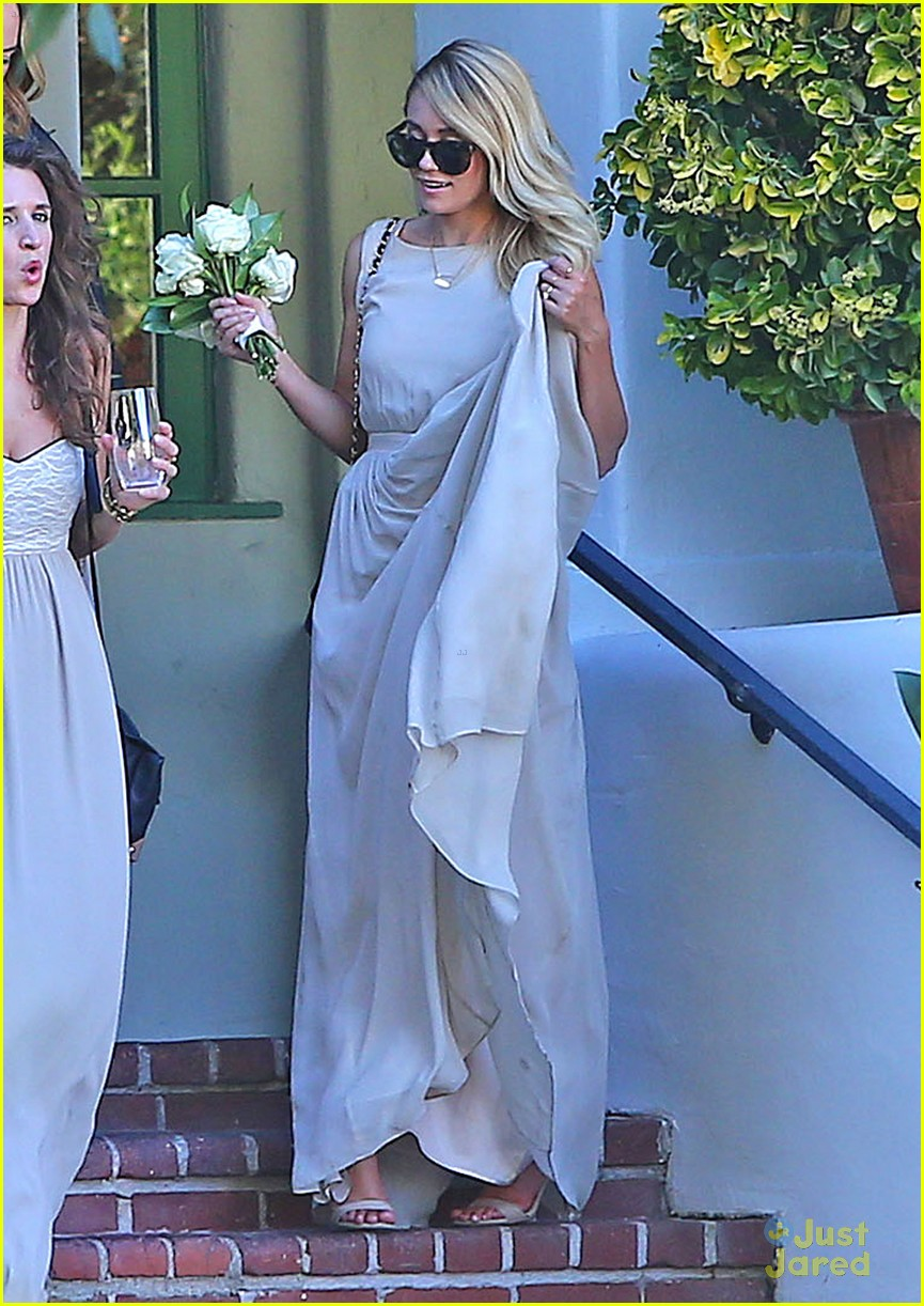 Lauren Conrad Gets Some Wedding Practice As A Bridesmaid At A Friend S Wedding Photo 707780 Lauren Conrad Lo Bosworth Pictures Just Jared Jr