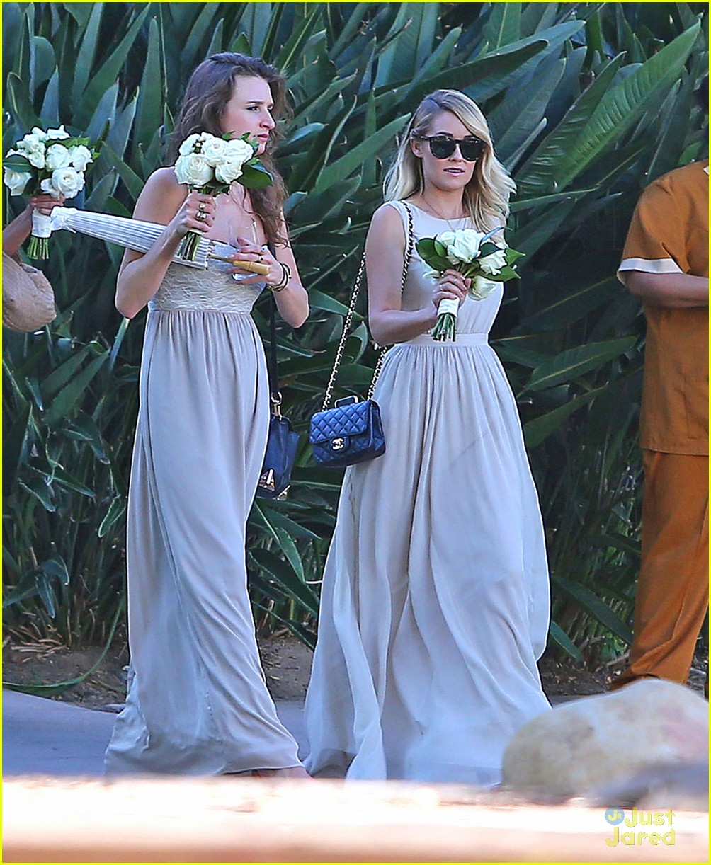 Lauren Conrad Gets Some Wedding Practice As A Bridesmaid At A Friend S Wedding Photo 707783 Lauren Conrad Lo Bosworth Pictures Just Jared Jr