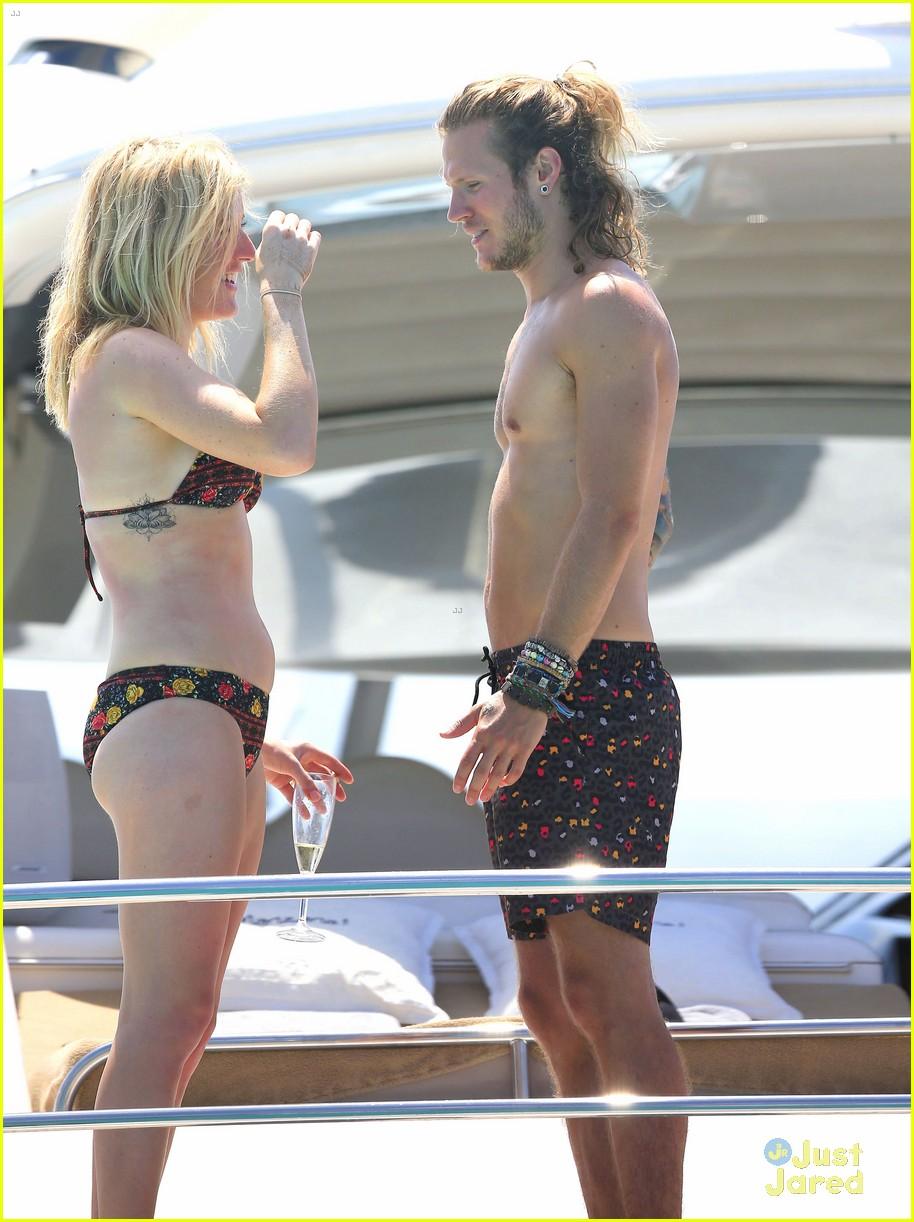 ellie goulding dougie poynter bikini vacation ibiza 35