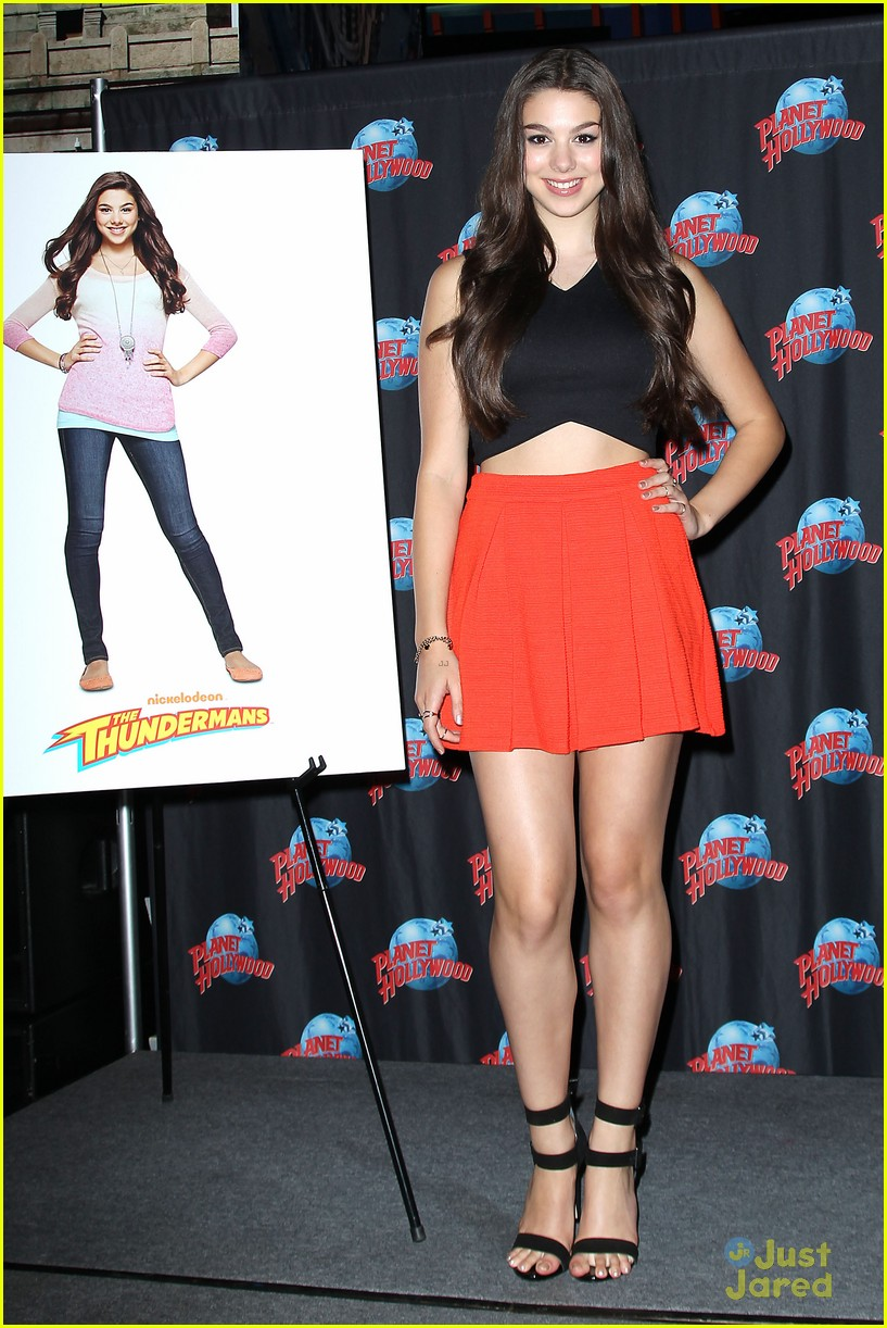 kira kosarin the thundermans planet hollywood nyc 01