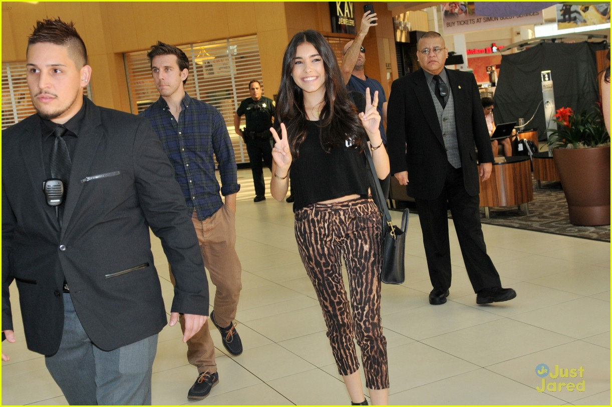 madison beer mac store appearance orlando 13